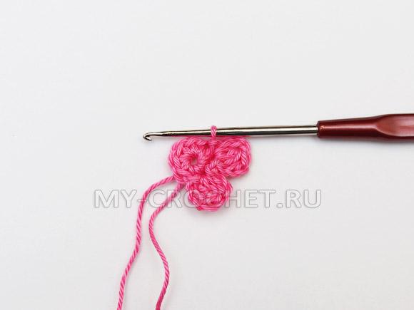 простой цветок крючком